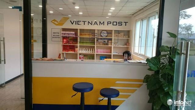 Bưu Điện Việt Nam cũng vừa mới khai trương Bưu cục Ký túc xá Samsung.