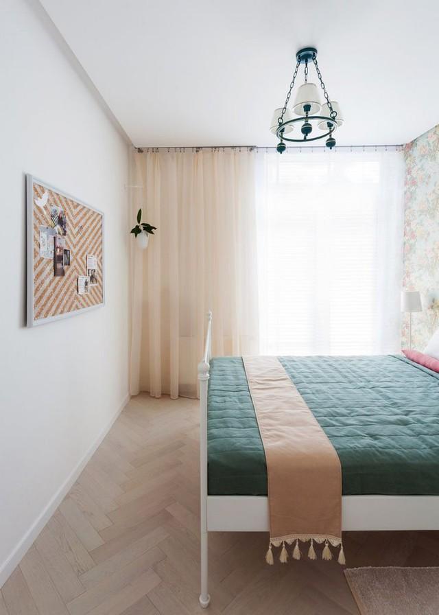 Chính chọn lọc này khiến căn phòng nhỏ càng phát triển thành rộng thoáng hơn.
