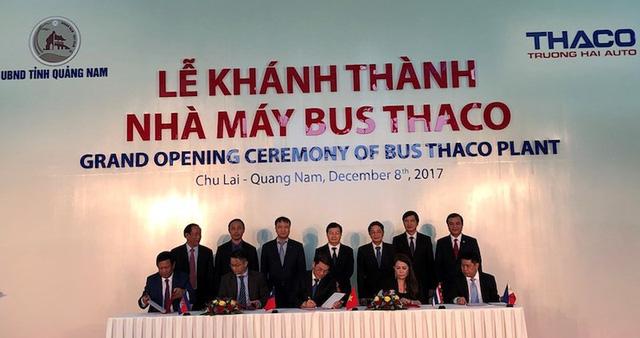 1.150 xe ô tô của ngành công nghiệp ô tô Việt Nam được xuất khẩu sang Thái Lan, Đài Loan, Philippines, Campuchia. Ảnh: LÊ PHI.