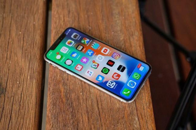 Nếu không phải là XS, thế hệ tiếp theo sẽ được gọi là iPhone ten two?