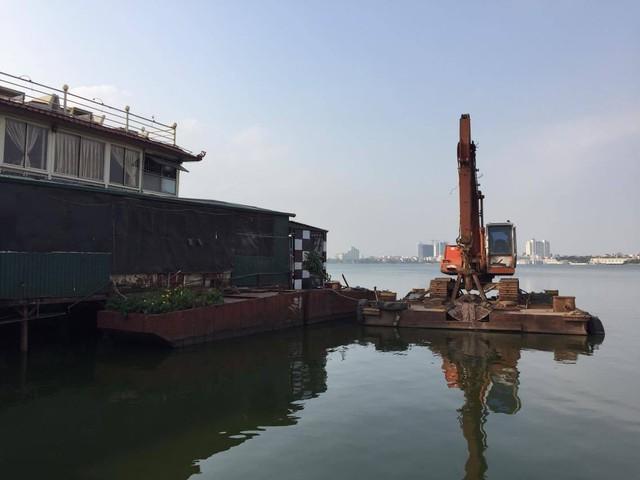 Doanh nghiệp đã chuẩn bị phương tiện để di dời tàu(ảnh Hải Minh - NDH)