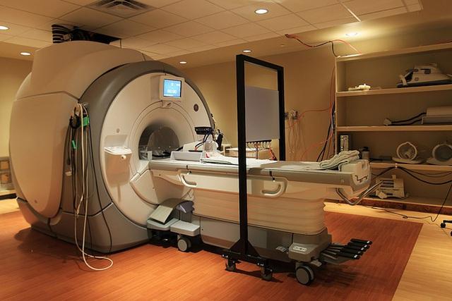 fMRI đã phát triển đến mức kết hợp được với công nghệ thực tế ảo.