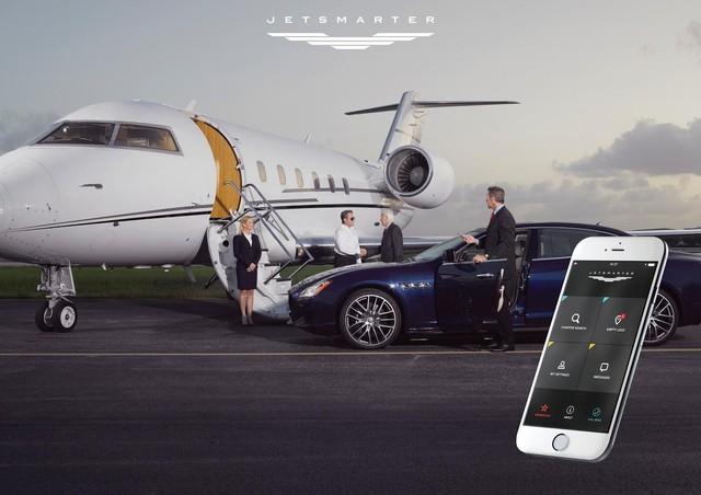 Delta Private Jet cung cấp dịch vụ chuyên chở hành khách bằng Porsche.