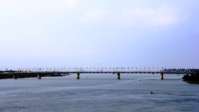 Cầu Bến Thủy