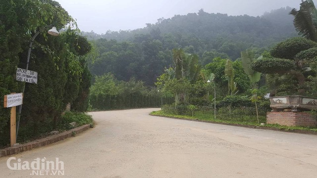 Theo người dân nơi đây, chủ các căn nhà, biệt thự ở đây đã giao lại cho Zen resort khai thác và quản lý tầm thường.