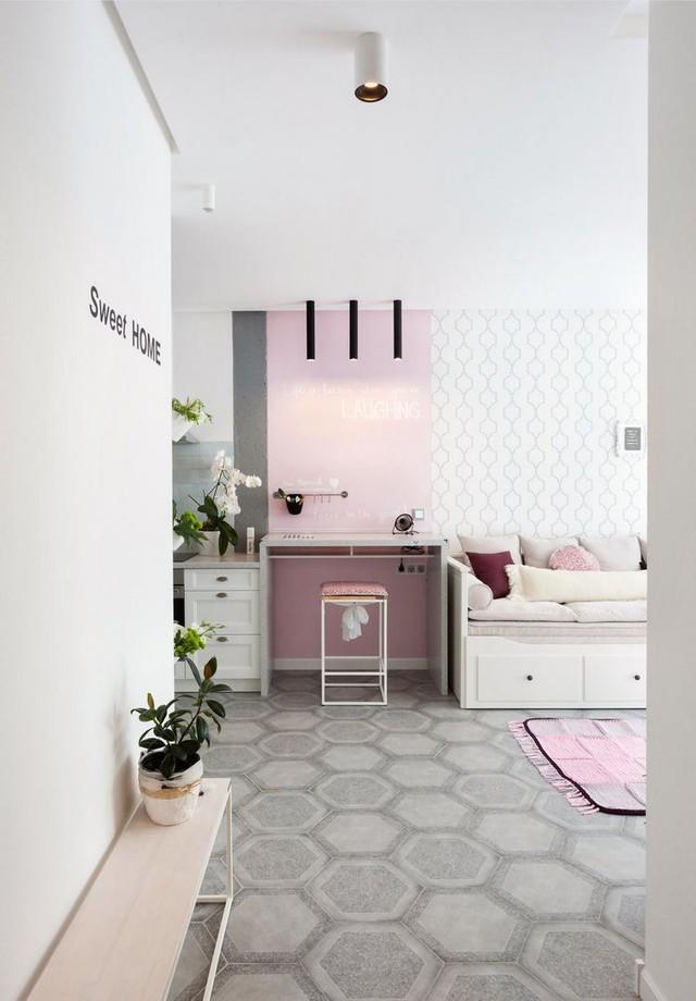 Khu vực bếp và phòng khách được kiến trúc chung 1 không gian hoàn toàn mở giúp khu vực sinh hoạt chung khá rộng rãi, thoáng đãng.