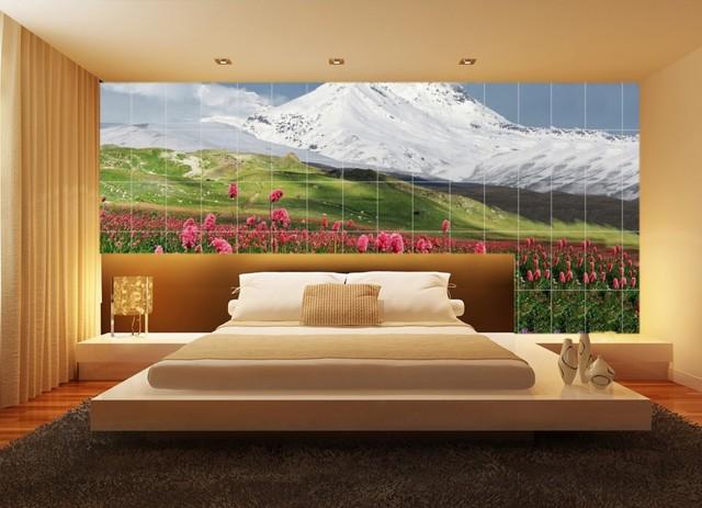 Những bức tranh tạo cảm giác bình yên, nhẹ nhàng thường được trang trí nơi góc riêng tư này.