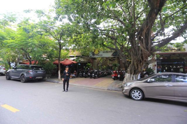 Số 37 – 39 Pasteur qui mô hơn 960m2 hiện đang được kinh doanh Cafe và mở CLB Bida.