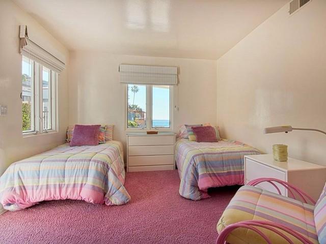 Phòng ngủ nơi đây được bố trí vô cùng hợp lý với những chuyến nghỉ mát của gia đình.
