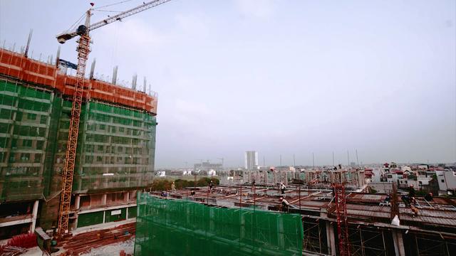 Theo cam kết của chủ đầu tư, các căn hộ chung cư tại đây sẽ được bàn giao vào năm 2018.