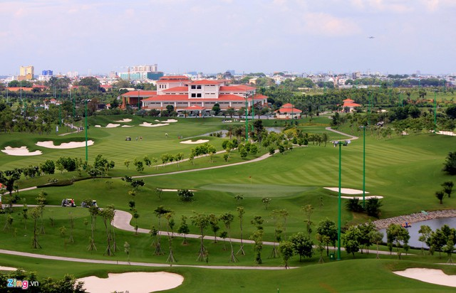 Dự án sân golf Tân Sơn Nhất do Công ty CP Đầu tư Long Biên, thành viên tập đoàn Him Lam làm chủ đầu tư.