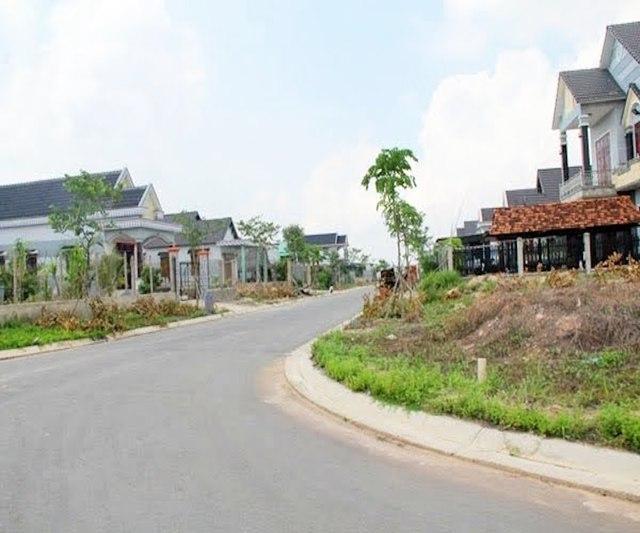 Dự án The Morning City dù đã xây dựng khá hoàn thiện nhiều biệt thự, nhưng gần như rất ít người đến ở.