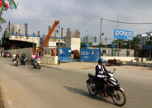 Dự án rùa thập kỷ đường sắt đô thị Nhổn - ga Hà Nội là 1 trong 8 tuyến mạng lưới Metro Hà Nội, theo Quy hoạch giao thông tổng thể của Thủ đô Hà Nội đến năm 2030 và tầm nhìn năm 2050 được Thủ tướng Chính phủ phê duyệt theo Quyết định 519/QĐ-TTg ngày 31/03/2016.