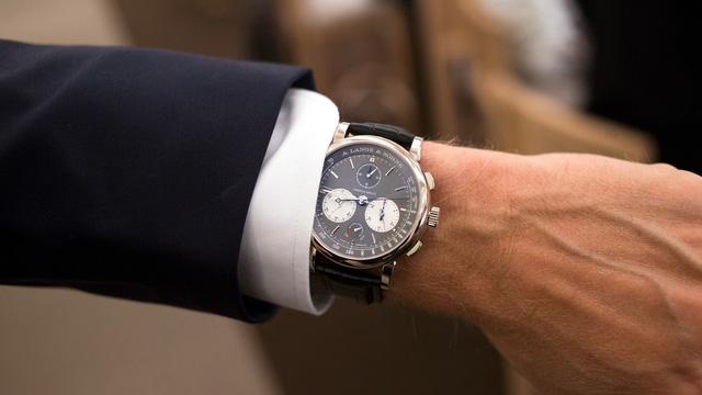 Chiêm ngưỡng siêu đồng hồ có chức năng bấm giờ độc lập đặc biệt nhất trên thế giới - giới hạn 100 chiếc và giá tới 147.000 USD - Ảnh 2.