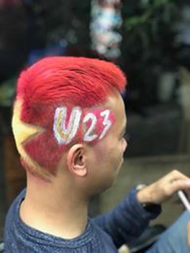 Một không khí rất khác trước ngày diễn ra trận chung kết U23 Châu Á: Màu cờ sắc áo đã tràn ngập khắp phố phường! - Ảnh 28.