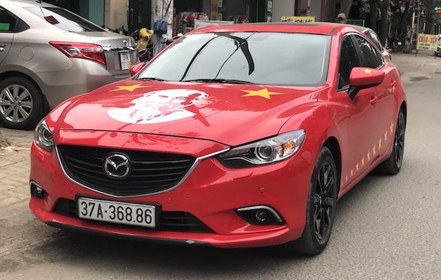 Muôn kiểu trang điểm xe hơi và người trước trận đấu lịch sử của U23 Việt Nam - Ảnh 8.