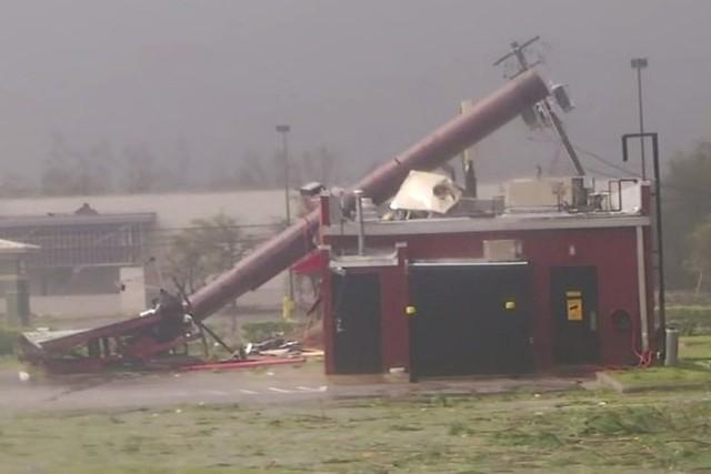 Siêu bão Michael đổ bộ vào Mỹ và Panama có sức tàn phá khủng khiếp - Ảnh 11.