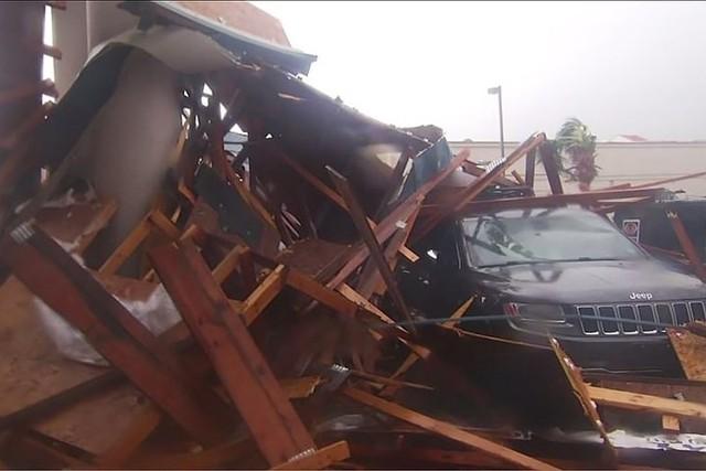Siêu bão Michael đổ bộ vào Mỹ và Panama có sức tàn phá khủng khiếp - Ảnh 14.