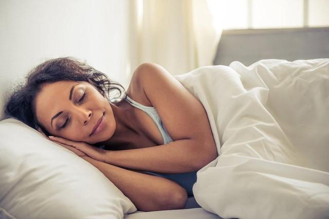 Thời tiết thay đổi, đây là cách giúp bạn chặn đứng nguy cơ lây cảm cúm dù tiếp xúc rất gần với người bệnh - Ảnh 4.