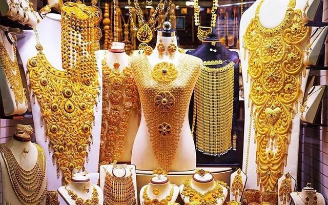 Choáng ngợp trước chợ vàng lớn nhất thế giới ở Dubai - Ảnh 3.