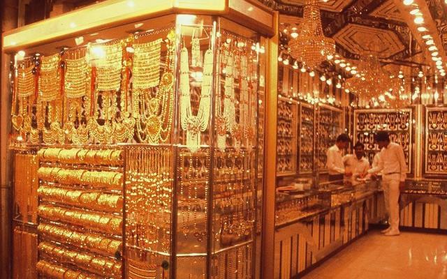 Choáng ngợp trước chợ vàng lớn nhất thế giới ở Dubai - Ảnh 9.