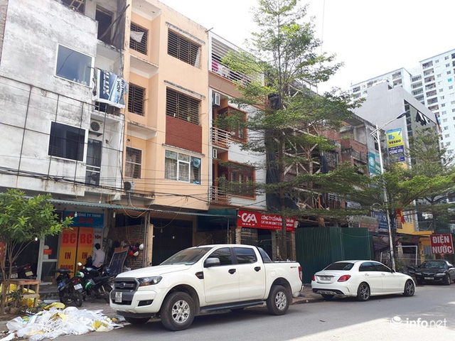 Những villa ổ chuột, cởi trần giá hàng chục tỷ giữa Thủ đô - Ảnh 2.