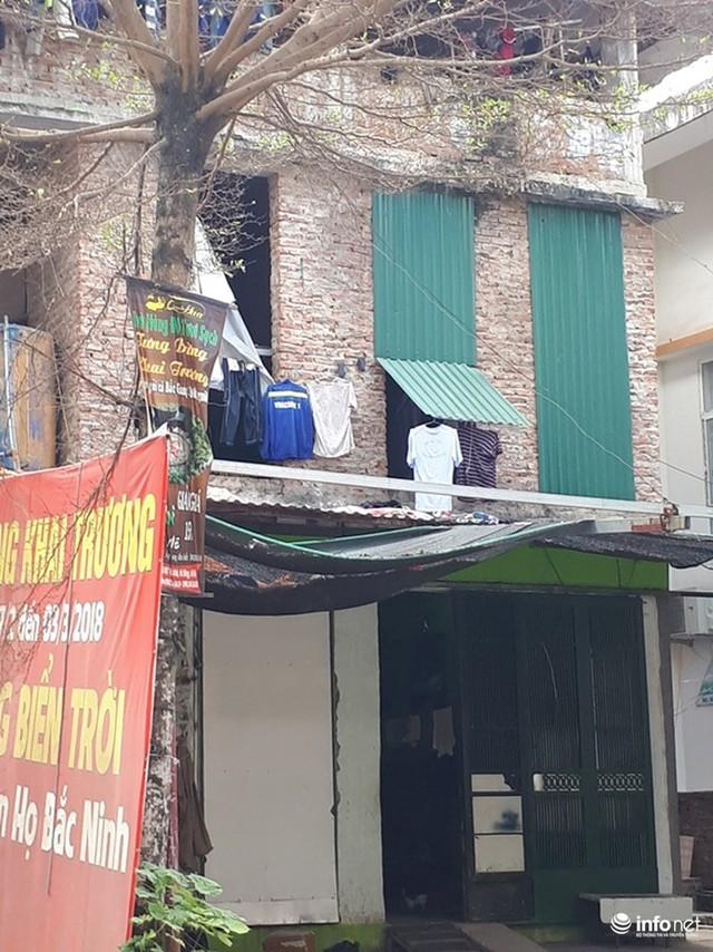 Những villa ổ chuột, cởi trần giá hàng chục tỷ giữa Thủ đô - Ảnh 9.