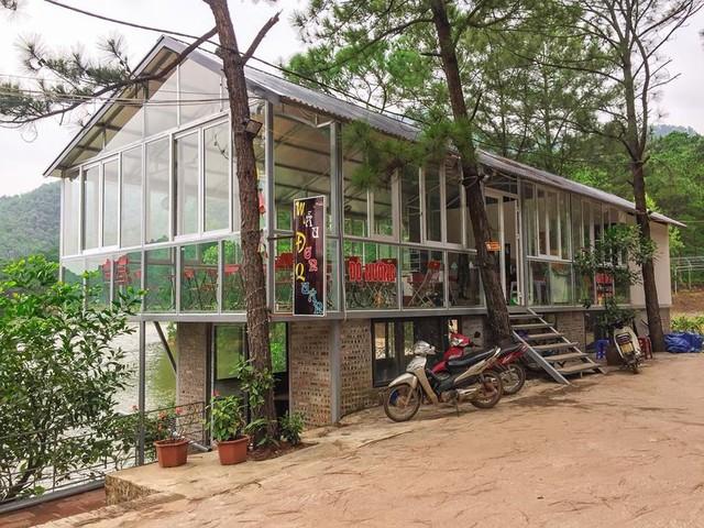 Bên trong khu sinh thái khủng ở Sóc Sơn chính quyền xem là nhà tạm - Ảnh 3.