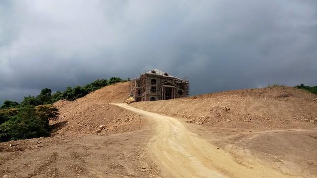 Cận cảnh villa khủng xây trái phép của Công ty xi măng Công Thanh - Ảnh 5.