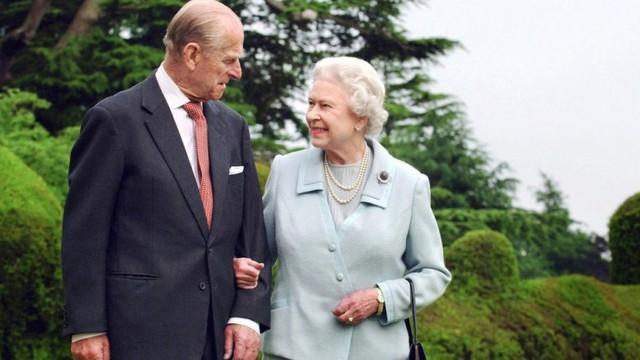 Cuộc hôn nhân đẹp như cổ tích của Nữ hoàng Anh Elizabeth và Hoàng tế Philip - Ảnh 15.