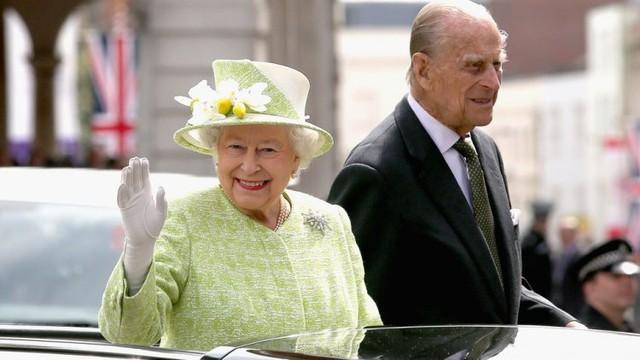 Cuộc hôn nhân đẹp như cổ tích của Nữ hoàng Anh Elizabeth và Hoàng tế Philip - Ảnh 16.