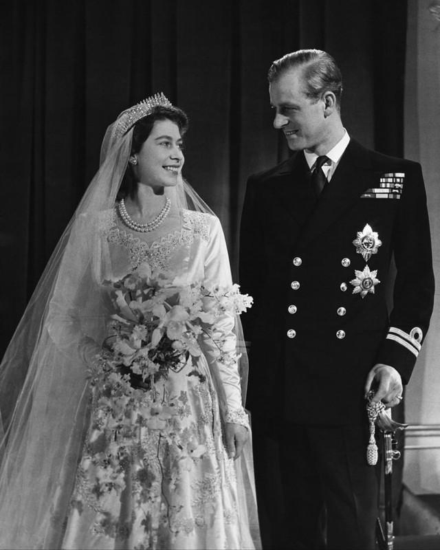Cuộc hôn nhân đẹp như cổ tích của Nữ hoàng Anh Elizabeth và Hoàng tế Philip - Ảnh 5.