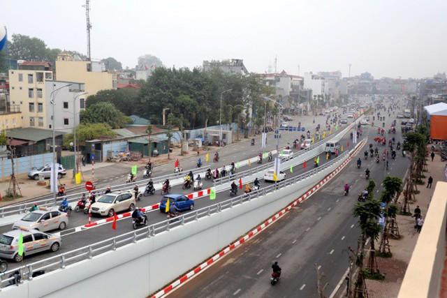 Điểm mặt những tuyến một số con phố đắt nhất hành tinh ở Hà Nội - Ảnh 2.