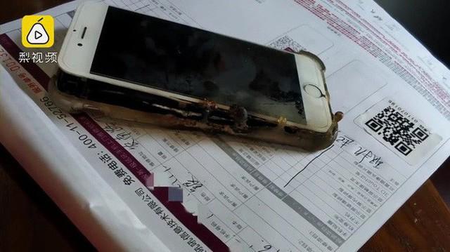 8 sai lầm mà bạn có thể trả giá bằng tính mạng khi sử dụng smartphone - Ảnh 1.