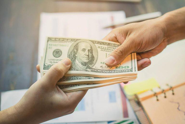 Những bài học về tài chính mà bố mẹ chưa bao giờ dạy tôi: Tiền bạc chỉ là công cụ nhưng muốn làm giàu nhất định phải hoc cách quản lý nó và đừng bao giờ coi thường các khoản nợ - Ảnh 1.