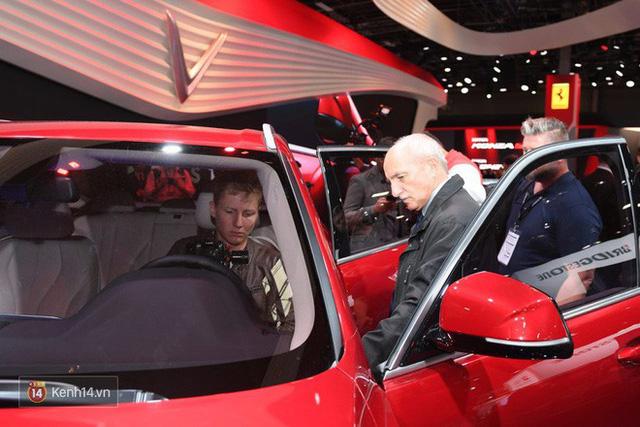 Màn ra mắt 2 xe hơi của VinFast: Đẳng cấp và thấm đẫm tinh thần tự hào dân tộc! - Ảnh 13.