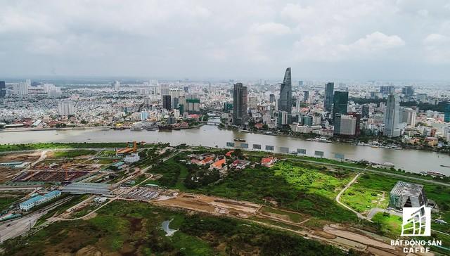 Cận cảnh khu đất vàng ở Thủ Thiêm, nơi chuẩn bị xây nhà hát giao hưởng 1.500 tỷ đồng - Ảnh 2.