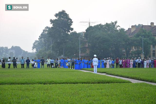 Lễ thượng cờ rủ quốc tang cố Tổng Bí thư Đỗ Mười - Ảnh 1.