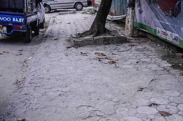 Cận cảnh tòa nhà nghìn tỷ cao thứ 3 Hà Nội bị ngân hàng siết nợ - Ảnh 11.