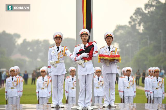 Lễ thượng cờ rủ quốc tang cố Tổng Bí thư Đỗ Mười - Ảnh 10.