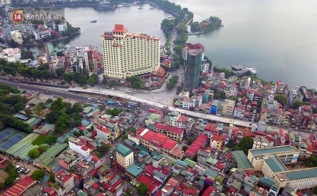 Clip, ảnh: Cận cảnh cầu vượt hơn 300 tỷ ở nút giao An Dương - Nghi Tàm trước ngày thông xe - Ảnh 2.