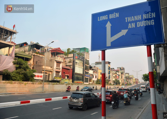 Clip, ảnh: Cận cảnh cầu vượt hơn 300 tỷ ở nút giao An Dương - Nghi Tàm trước ngày thông xe - Ảnh 4.
