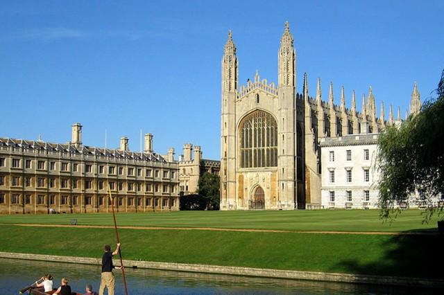 Trường Đại học danh tiếng địa cầu như Cambridge liệu có lý tưởng như khách mua vẫn từng nghĩ? - Ảnh 1.