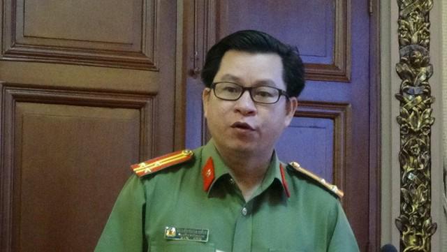 Công an cảnh báo những chiêu độc cho vay nặng lãi ở Sài Gòn - Ảnh 1.