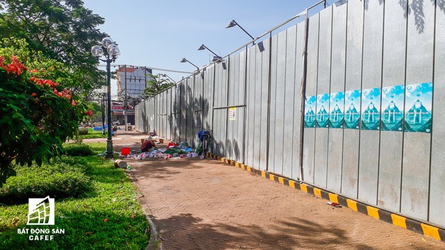 Cận cảnh dự án Centa Park: Sau mở bán là trùm mền suốt hơn một năm  - Ảnh 1.