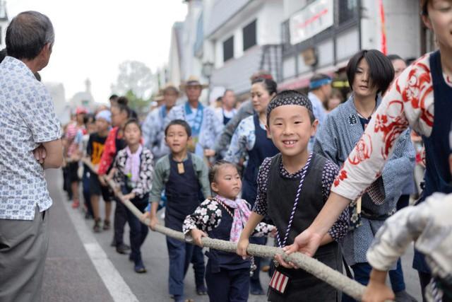 Bí quyết dạy con tính kỷ luật của người Nhật: Cách trẻ cư xử phụ thuộc vào phản ứng của cha mẹ, đừng bao giờ khiển trách, trừng phạt con ở chỗ đông người - Ảnh 3.