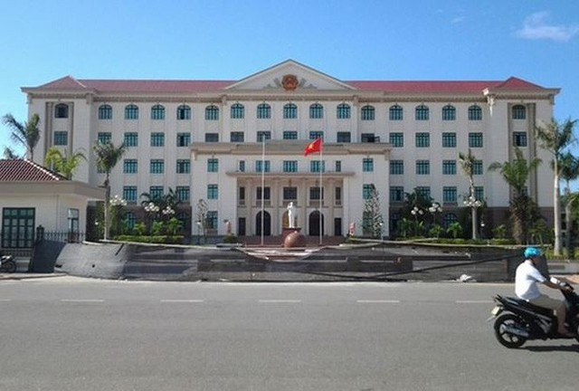 Chủ tịch tỉnh Hà Tĩnh nói gì về việc không tiếp dân ngày nào trong suốt 1 năm? - Ảnh 1.