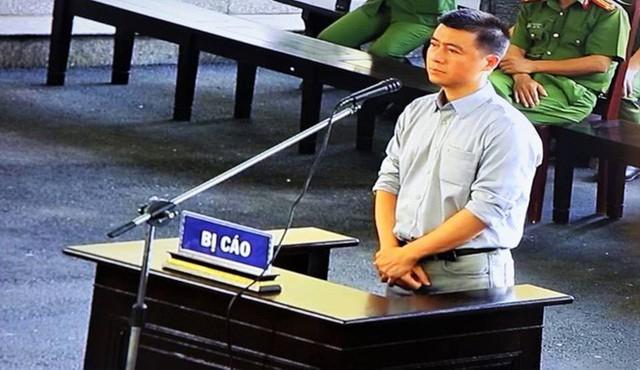 Vụ đánh bạc liên quan ông Phan Văn Vĩnh: Phan Sào Nam bán 3 căn nhà trị giá 240 tỷ để khắc phục hậu quả - Ảnh 1.