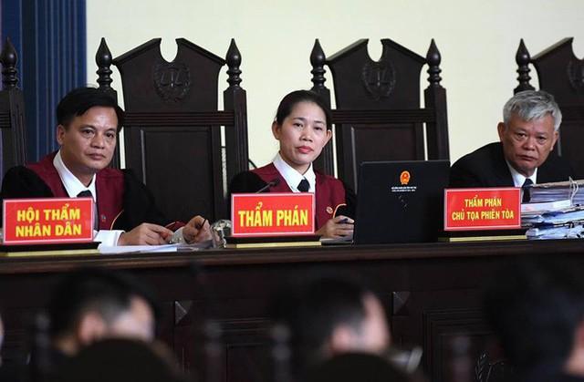 Vụ đánh bạc liên quan ông Phan Văn Vĩnh: Phan Sào Nam bán 3 căn nhà trị giá 240 tỷ để khắc phục hậu quả - Ảnh 2.