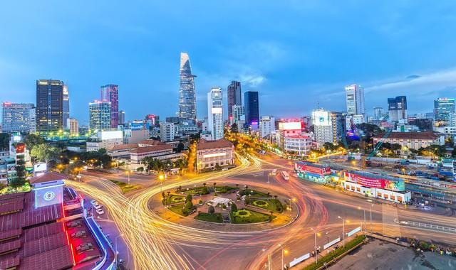 Người nước ngoài đổ xô mua nhà hạng sang trọng tại Việt Nam, và đây là nguyên nhân - Ảnh 2.